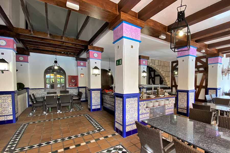 restaurante-la-taberna-park-club-movil