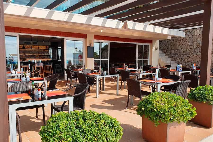 restaurante-la-taberna-playa-marina-movil