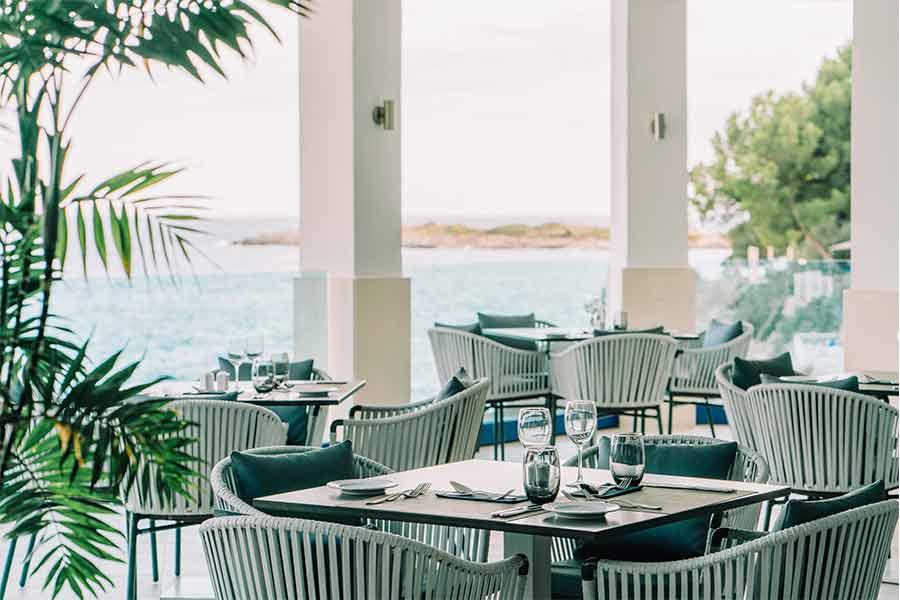 restaurante-principal-playa-marina-movil
